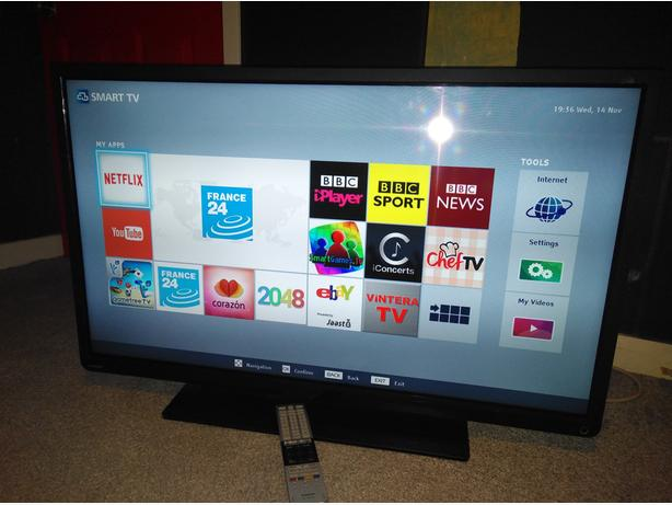 Toshiba 40 inch LED Smart TV with WiFi Apps and FreeviewHD