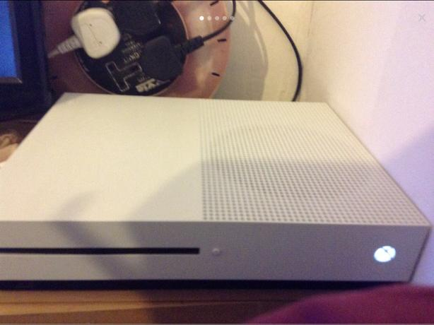  Log In needed £370 · Two Xbox one s 1tb