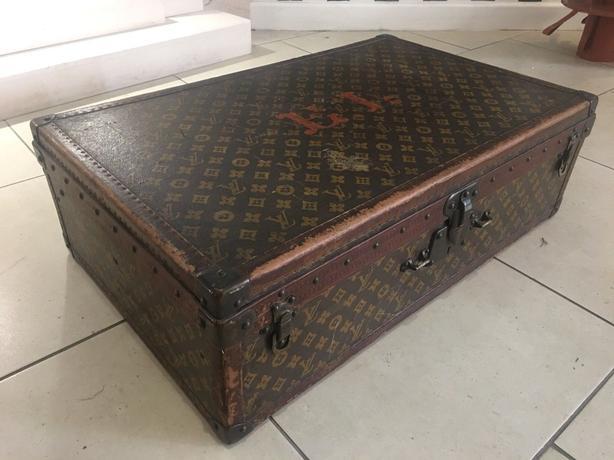 Louis Vuitton rare vintage trunk /suitcase with initials ( E.L.)