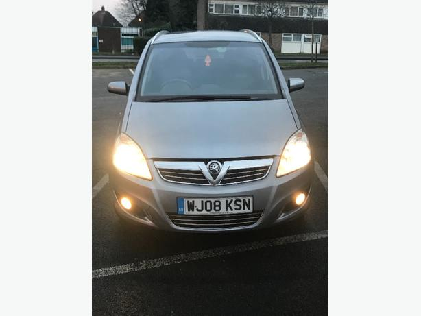 Vauxhall zafira 1.6 Breeze plus top model low milage