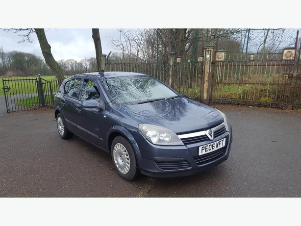 Automatic Astra 1.6 2006, 5dr, 75000 on clock,long mot, drives great