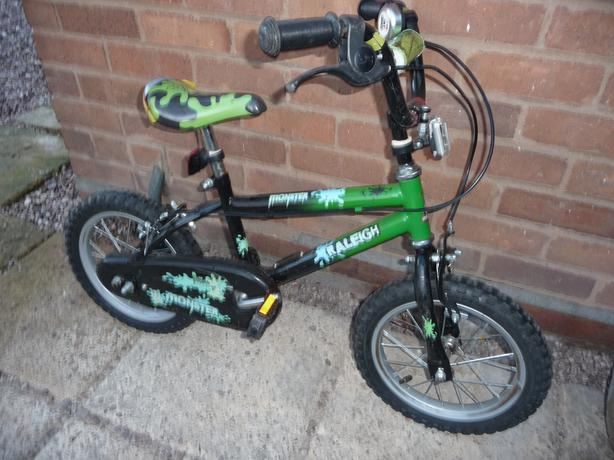 CHILDS RALEIGH MONSTER BIKE