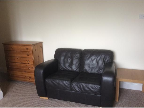 Self contained studio for rent in Dudley