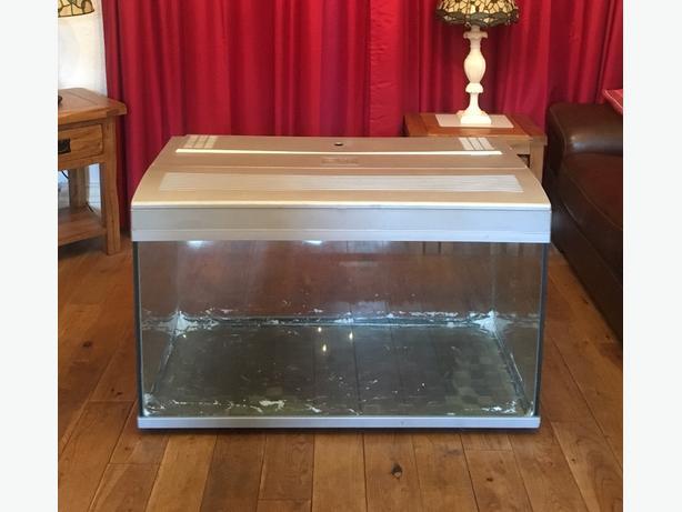 Fish Tank 250 Litres