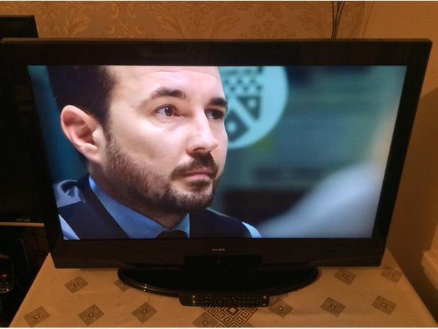 32 inch alba lcd tv with remote freeview model lcd32880hdf