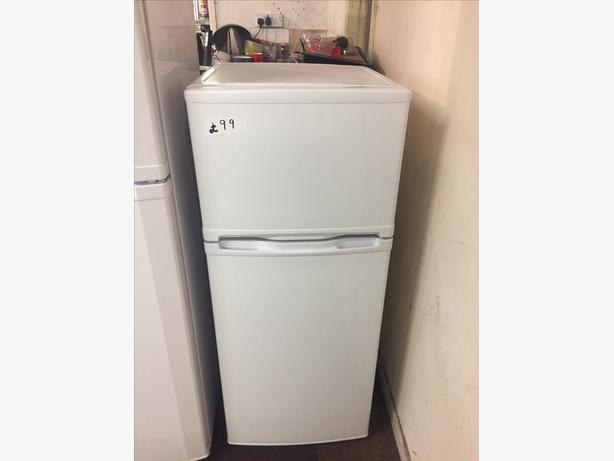 CURRYS ESSENTIALS FRIDGE FREEZER