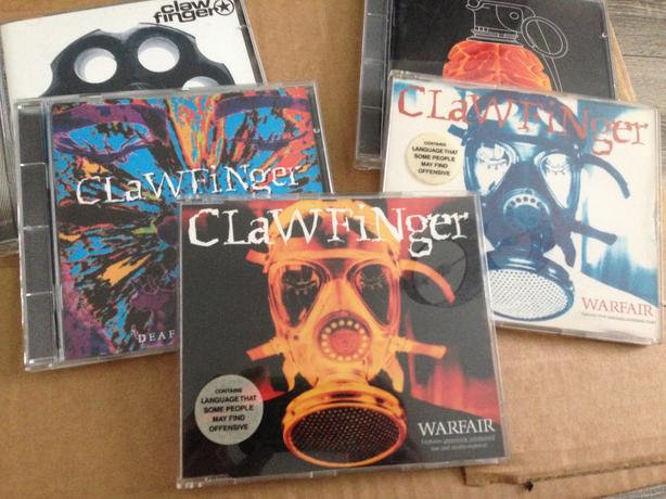 Claw finger cd's