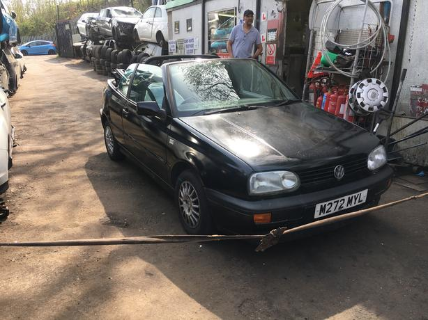 VW GOLF MK3 CONVERTIBLE BLACK 3DR 1.8 PETROL 2000 WITH MOT