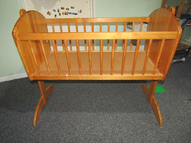 TOYS R US Wooden cot