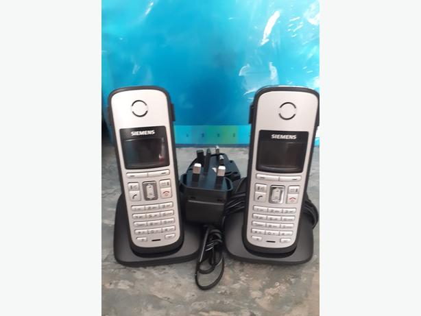 2X Siemens Gigaset C38H Cordless Phones and Charging docks