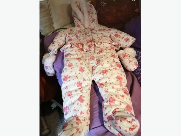 Baby girls snow suit
