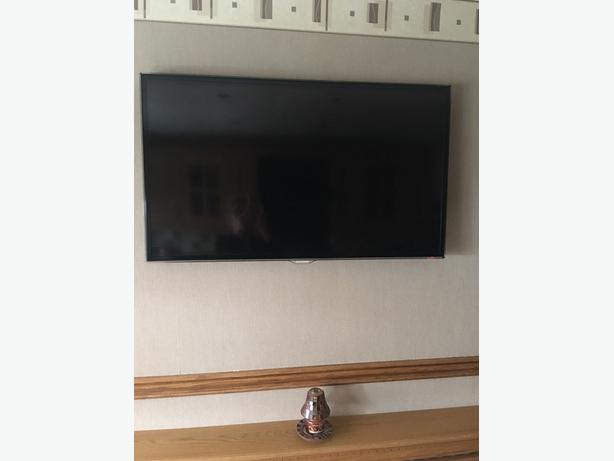 "samsung smart 40"" full hd 1080p led tv+freeview hd+remote+wall bracket+DELIVERY"