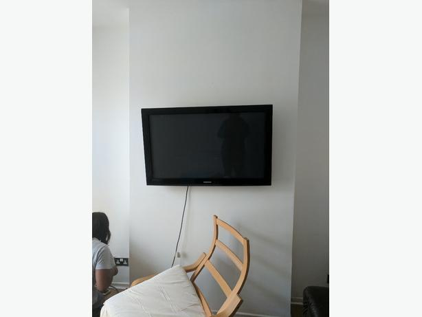 tv Samsung 42inch with remote