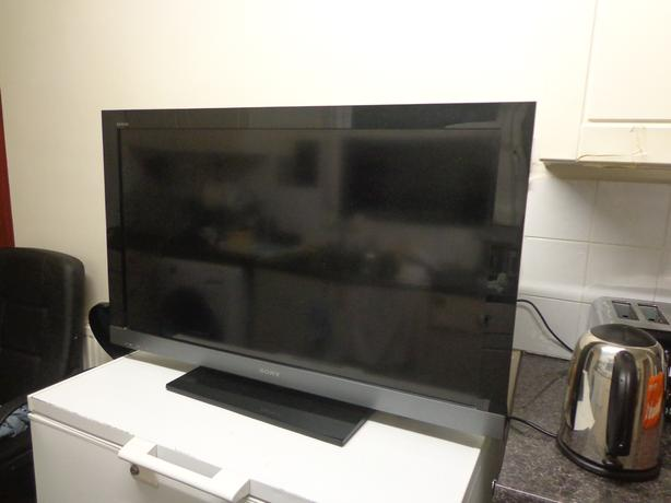 sony bravia 40 inch full hd 1080p lcd tv+freeview+remote+