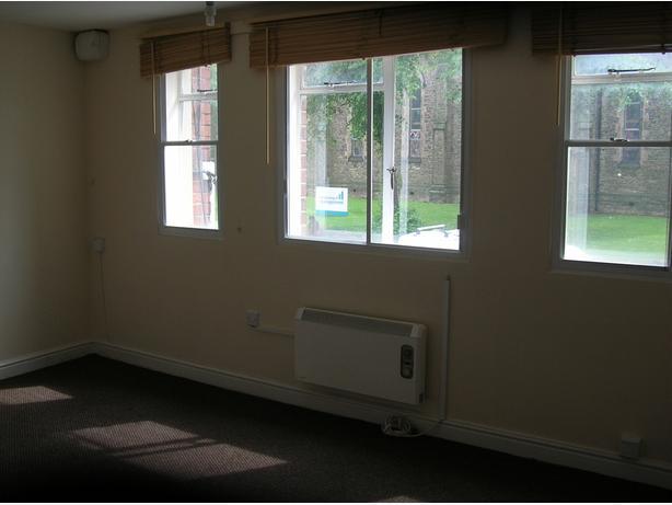 1 Bed Flat, 24B Chapel Ash, Wolverhampton, WV3 0TN