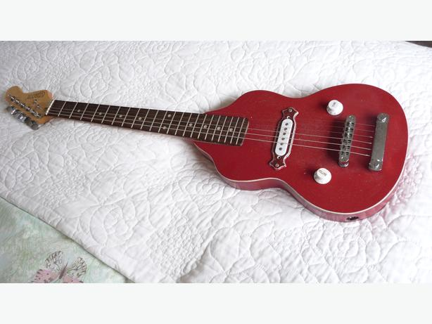 GIBSON RED  ELECTRIC GUITAR  HAND MADE COPY GIBSON