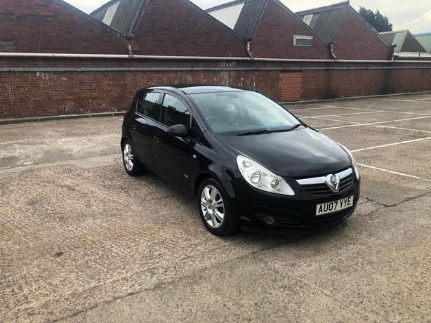 Automatic Corsa 1,4, 5 door 2007 model, 76000 on the clock, drive great