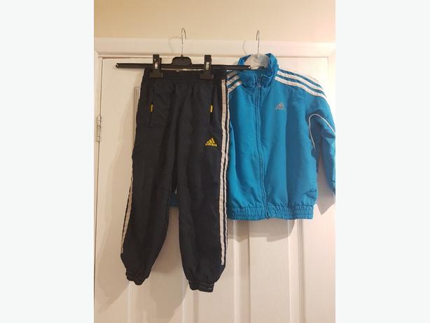 Adidas Tracksuit age 4/5 years