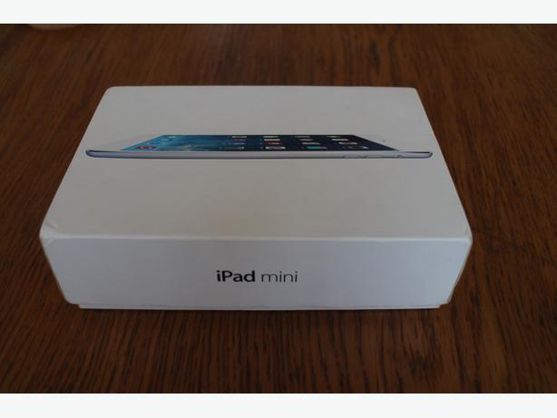 Apple Ipad Mini BOXED including accessories EXCELLENT CONDITION!