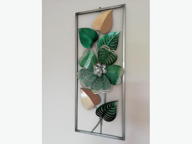 Picture Wall Art Green floral 24 x 10 as new
