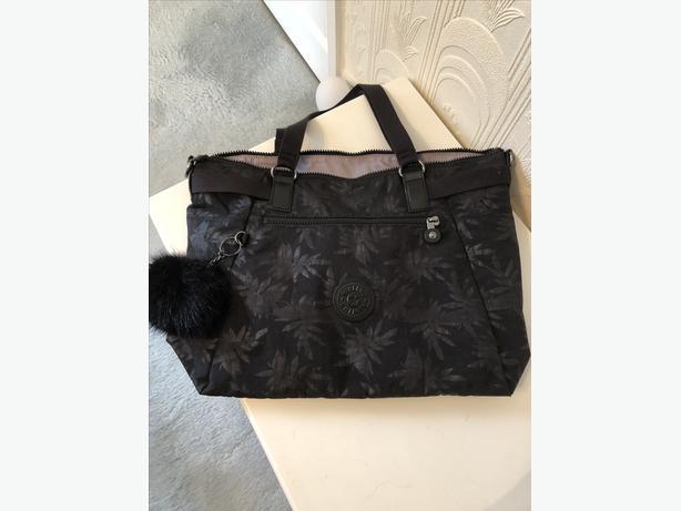 KIPLING SONNIT BAG. NEW WITH TAGS. BLACK EMBOSSED LEAF DESIGN.