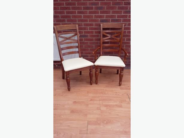 6 seter extendable dining table and cabinate