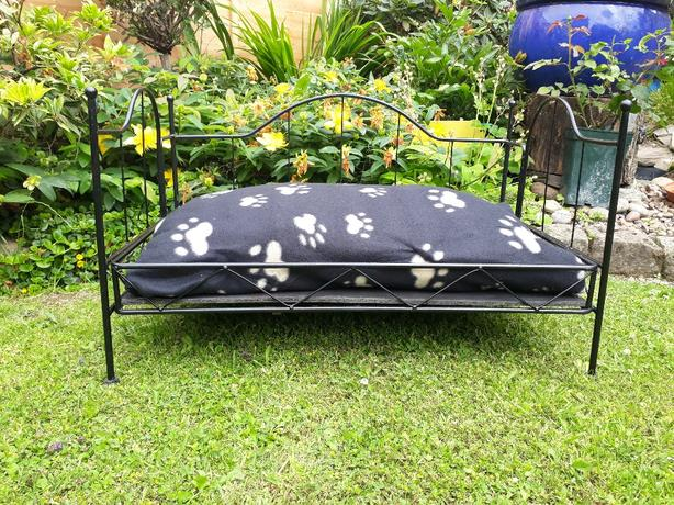 metal pet bed