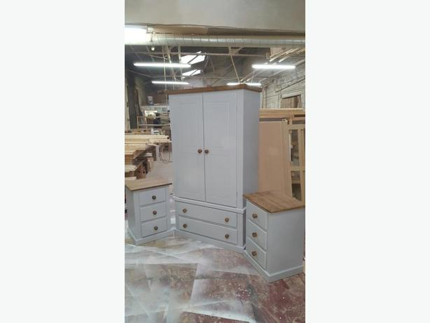 BRANDNEW TRIO SOLID PINE BEDROOM SET