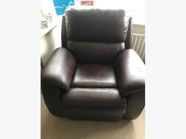 2 Piece Leather Recliner suite