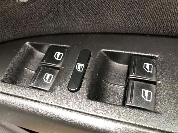 SEAT Leon 2.0 TDI DPF FR 5dr