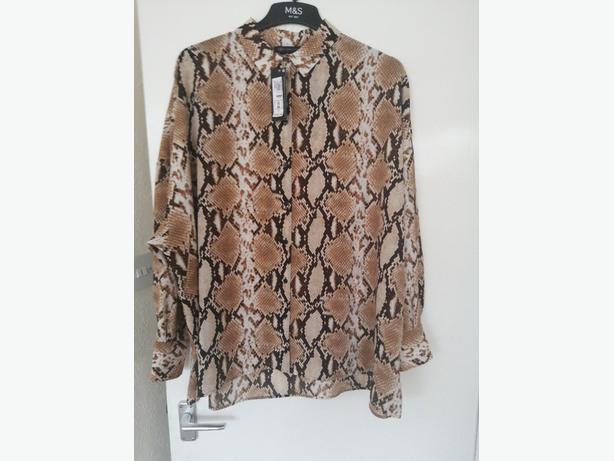 Ladies M&S shirt size 20