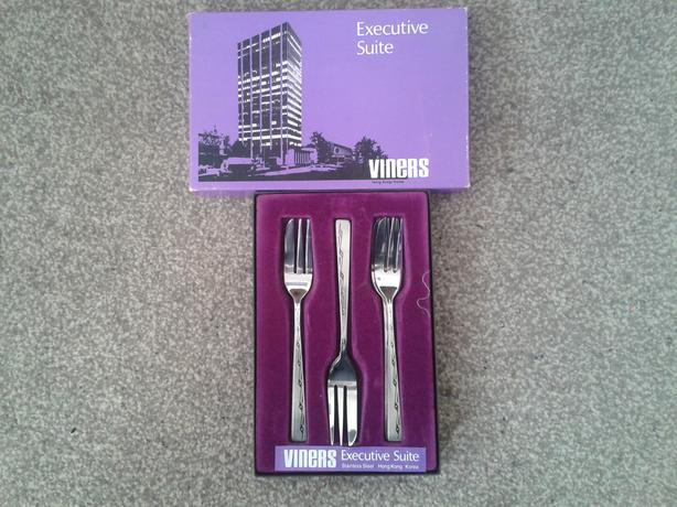 Viners Executive Suite Stainless Steel, Patterned, Pastry Forks.
