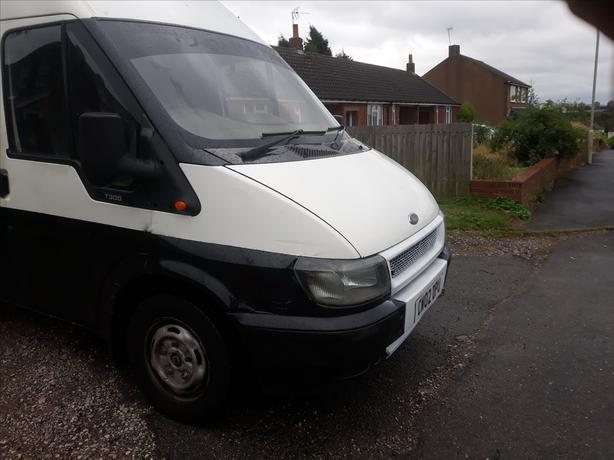Up for grabs 02plate 2lr lwb high top moted Oct  drives great