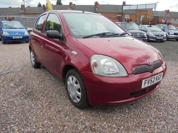 Toyota Yaris 1.0 VVT-i Colour Collection 5dr FULL SERVICE HISTORY