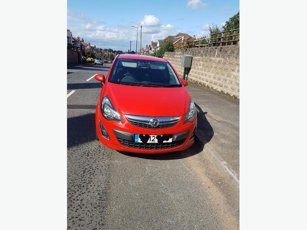 Vauxhall Corsa 2012 1.4 petrol flame red bargain