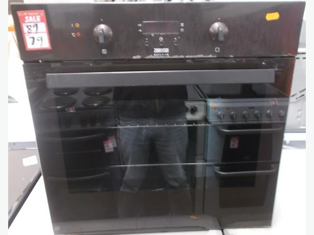 23F Zanussi Built In Oven. Brown