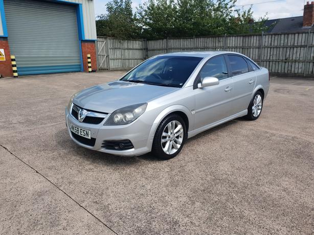 Automatic Vectra 1.9 Cdti Diesel, sri model, 5 dr, 58 reg, long mot, drives good