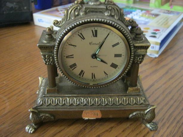 Vintage Japan mantle clock
