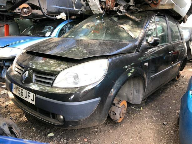 Renault scenic 2006 1.6 petrol black - breaking