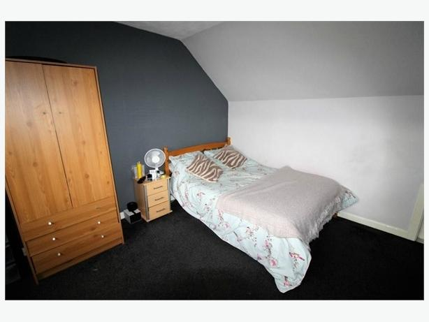 prestigious double bedroom flat to rent