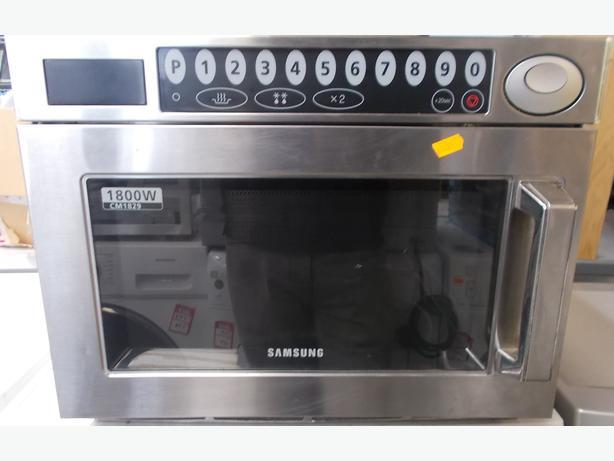 Samsung CM1829 -Microwave Oven £159