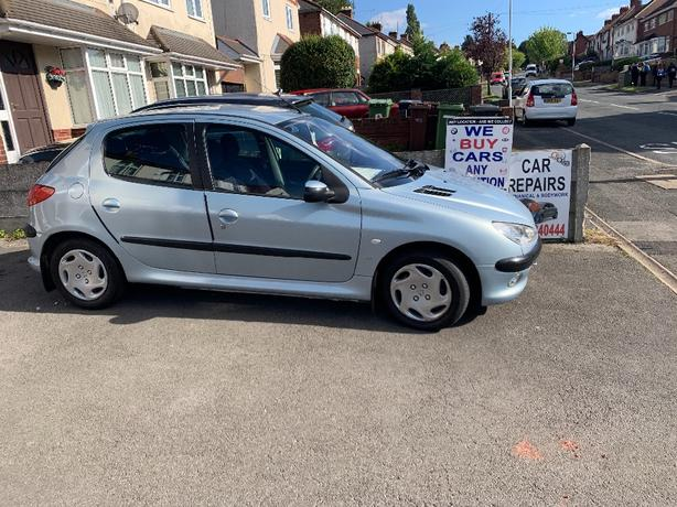 peugeot 206 LX1.4 hdi £20 year road tax