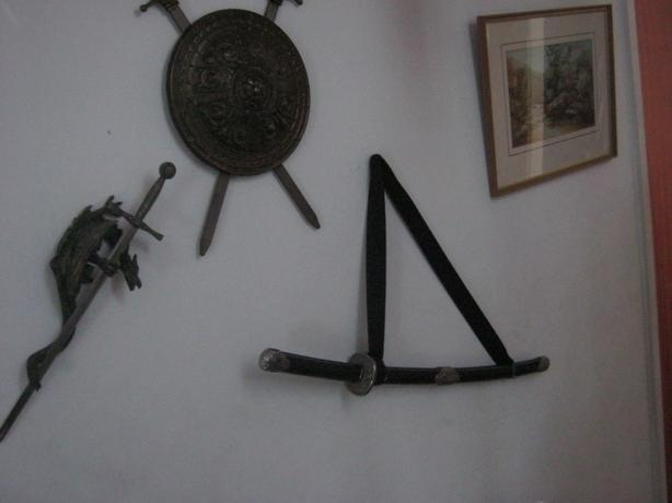 Medieval stile wall decorations