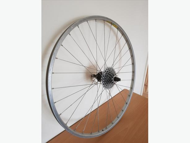 26 inch rear bike wheel with 8 speed cassette