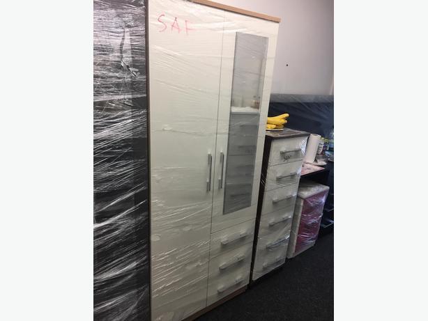 2 door mirrored wardrobe white front&beech sides