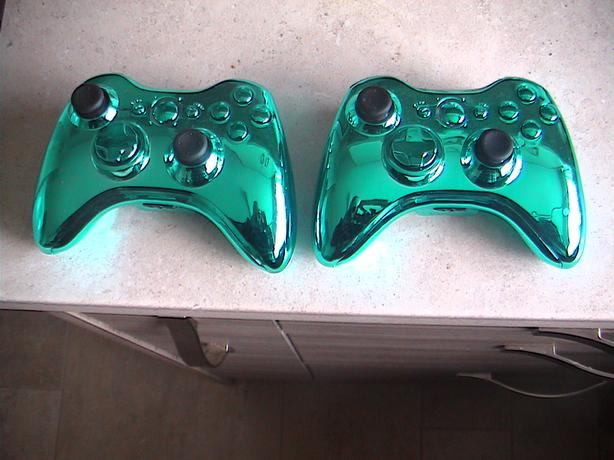 xbox 360 wireless controller's 2 left £12 each £20 the 2 chrome blue mint
