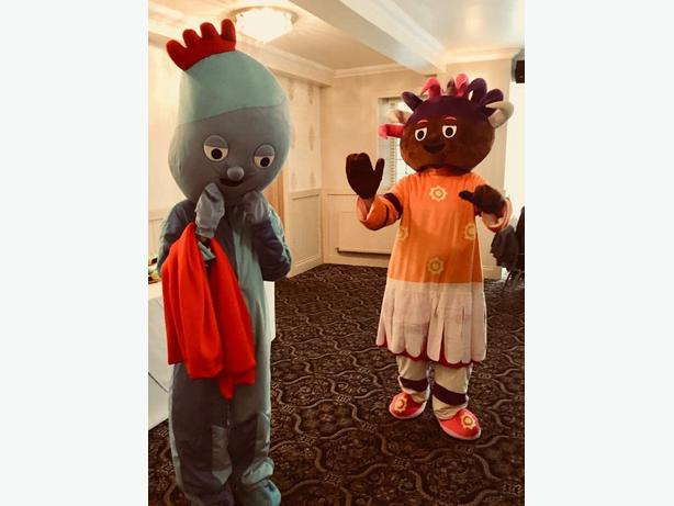 IGGLE PIGGLE UPSY DAISY MASCOT FANCY DRESS UP HIRE CHILDRENS PARTY ENTERTAINER