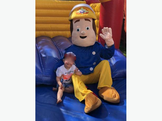 FIREMAN SAM MASCOT FANCY DRESS COSTUME HIRE CHILDRENS PARTY ENTERTAINER