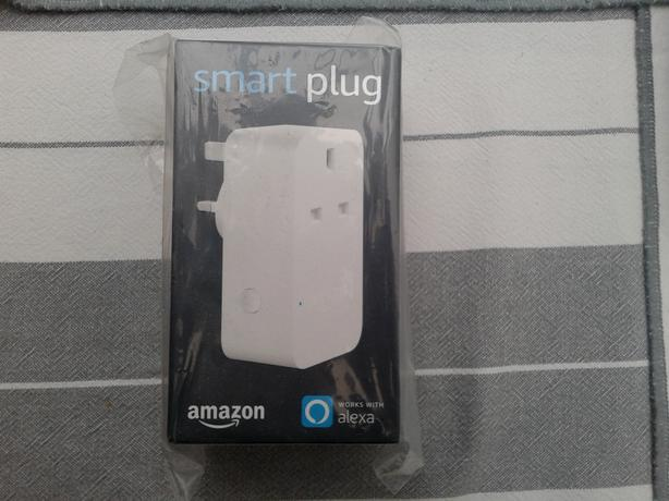 AMAZON SMART PLUG. NEW AND STLL SEALED