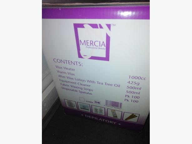 Professional beauty waxing starter kit